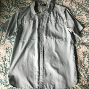 Other - Large The north face vented Button Up